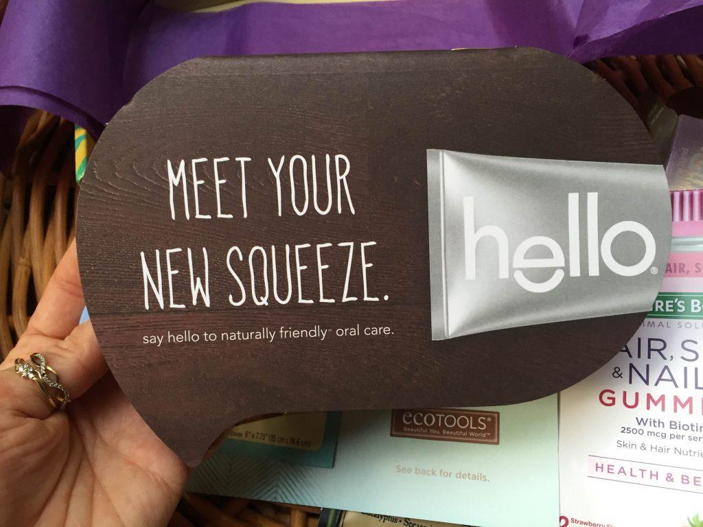 książeczkowa ulotka o pastach Hello z kuponem