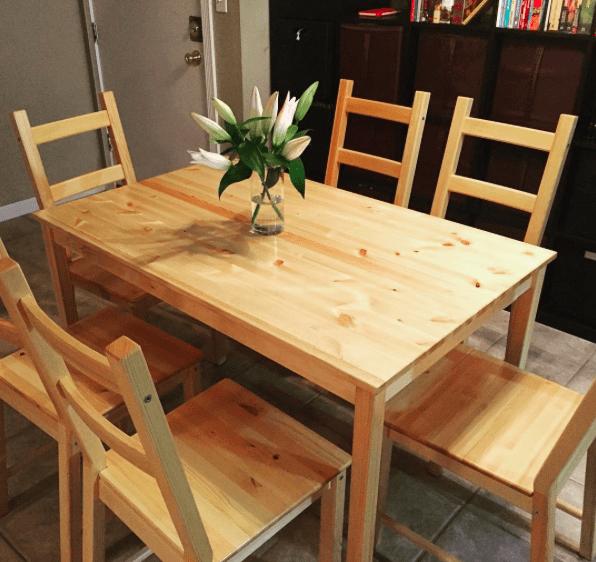 stół i 6 krzeseł IKEA