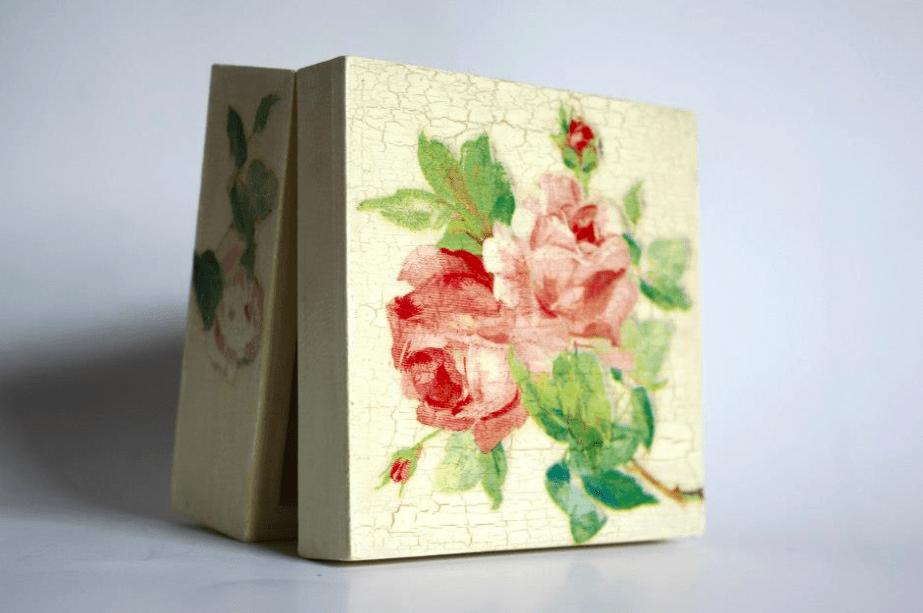 szkatułka w róże decoupage