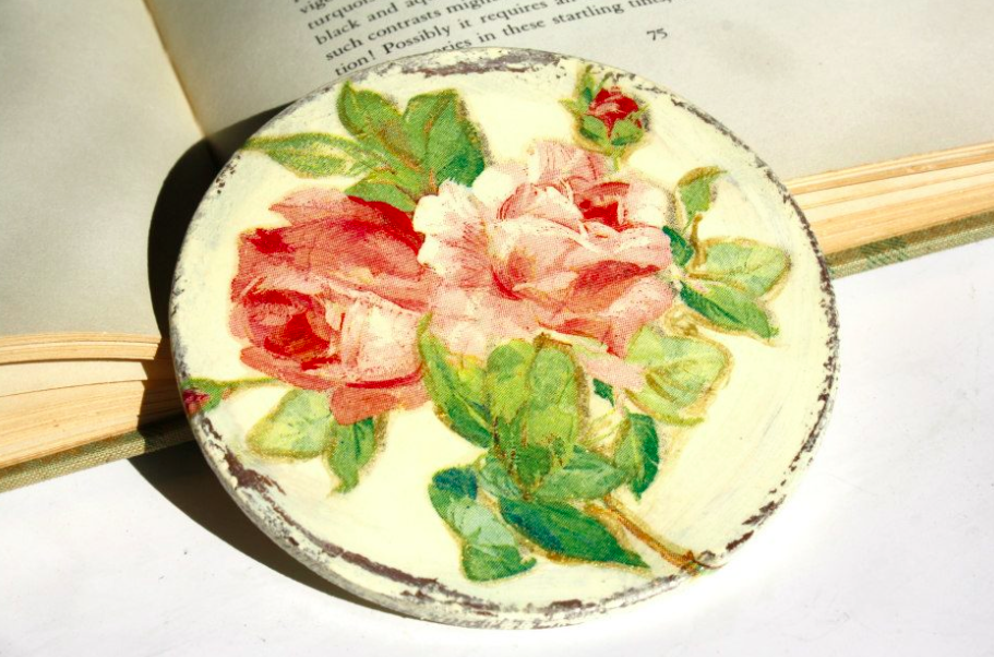 podkładka pod kubek w róże decoupage